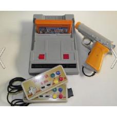 Игровая приставка Dendy JUNIOR 104 встр. игр + световой пистолет